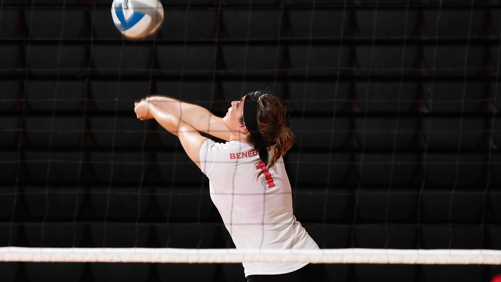 Benedictine University Women S Volleyball Attacking And Passing Camp